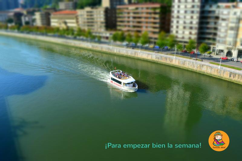 En barco por Bilbao